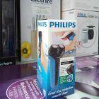Máy cạo râu Philips AT600 AquaTouch