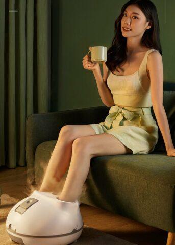 Bồn ngâm chân massage giúp giữ mãi tuổi thanh xuân